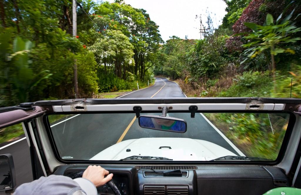 renting a car in Maui