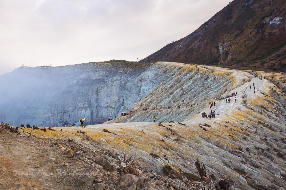 Mount Ijen Blue Fire-13