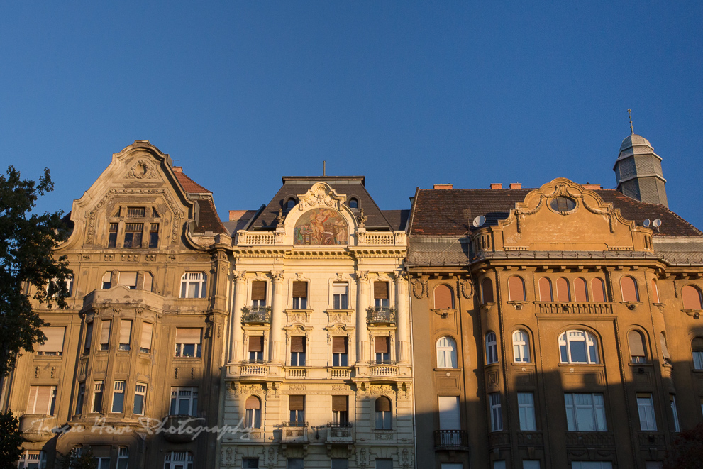 the best of Budapest - buildings at sunrise