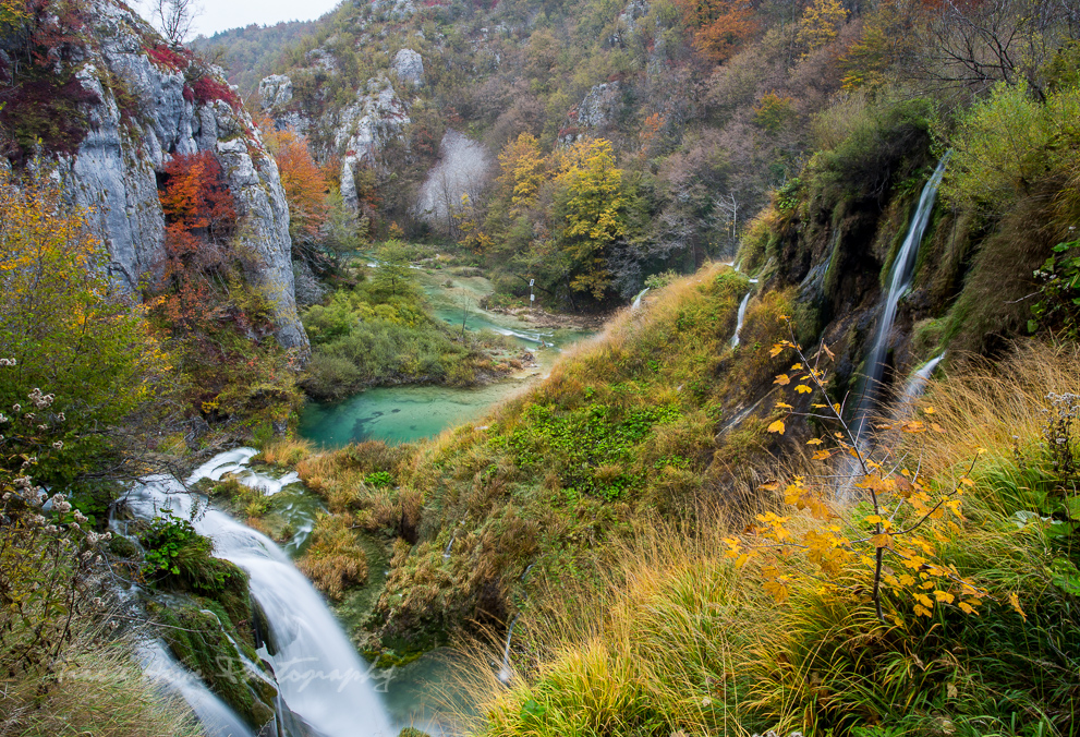 visiting Plitvice Lakes National Park in the fall
