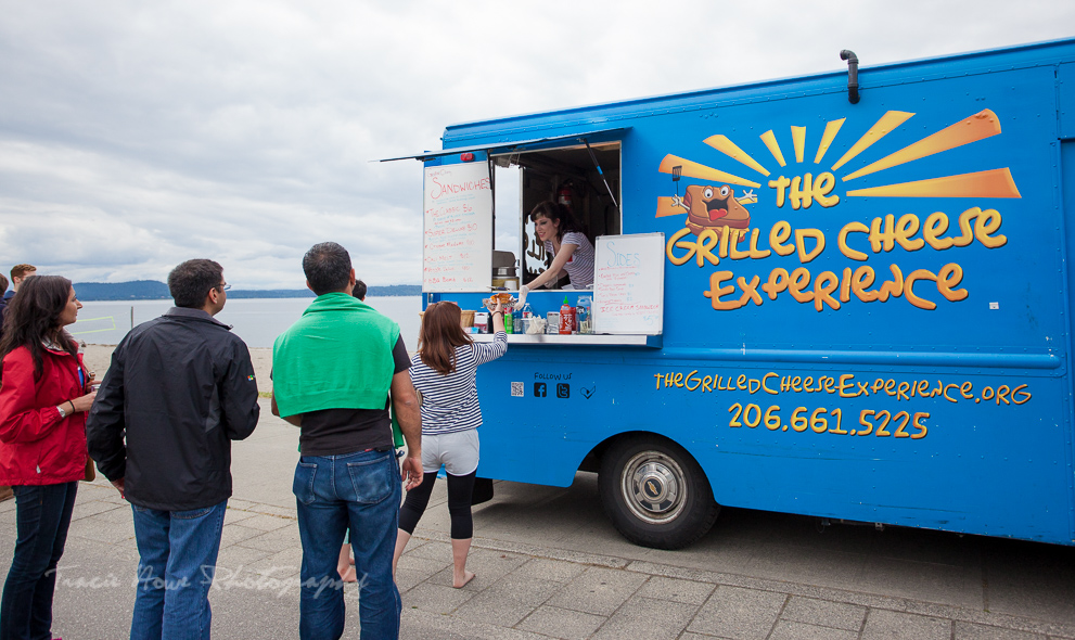 The Grilled Cheese Experience food truck at Alki